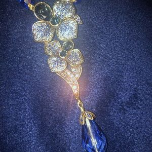 Heidi Daus floral dream blue crystal necklace